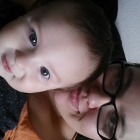 27 year old mom of an 8 1/2 month old healthy big baby boy. No wet nursing. No pictures. Willing to sell to men.