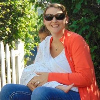 Active mother of 3 with approximately 1000 oz frozen breast milk!