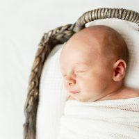 Fresh, clean breast milk for baby
