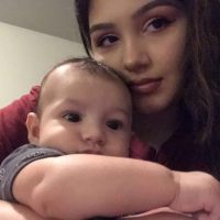 Healthy 21 Year Old Mommy Looking To Make Extra Cash