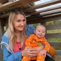 28 yo healthy women breast milk available
