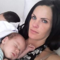Healthy mom selling good breast milk baby is 3 weeks old